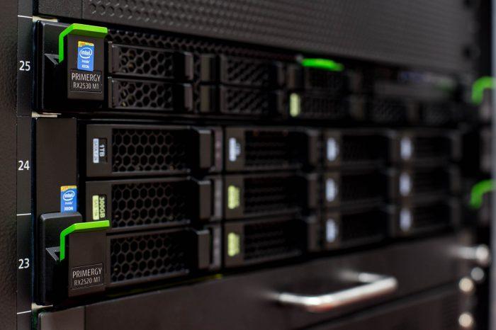 Rack_Servers_Fujitsu_Primergy_3-700x466